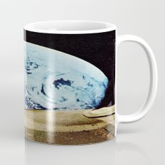 Moon walking Mug