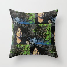 mariposas negras  Throw Pillow