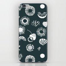 Seaflower mono iPhone & iPod Skin