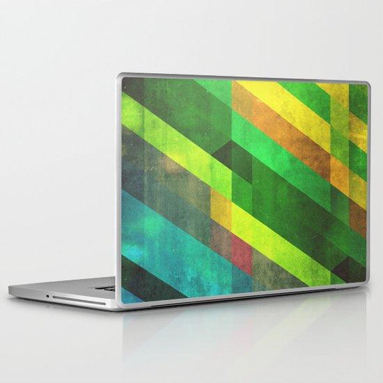 lyyn wyrk Laptop & iPad Skin