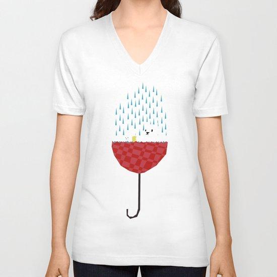 umbrella bath time! V-neck T-shirt