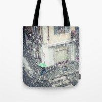 Green umbrella in snow Tote Bag