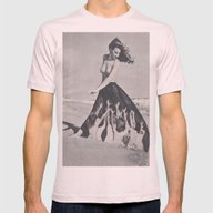 Women At The Water's Edg… Mens Fitted Tee Light Pink SMALL