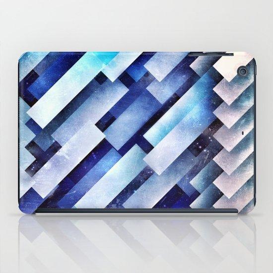 ystro blww iPad Case
