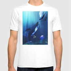 A STRANGE KISS Mens Fitted Tee SMALL White