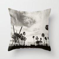 Venice Beach. B&W Venice… Throw Pillow