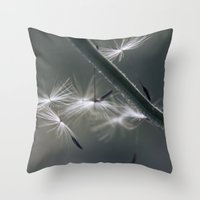 fly away - dandelion seed Throw Pillow