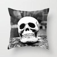 Graveyard horror Throw Pillow