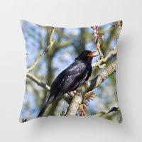Singing blackbird Throw Pillow