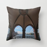 Berlin bridge Throw Pillow