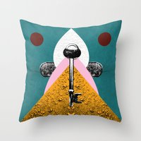 KEY I Throw Pillow