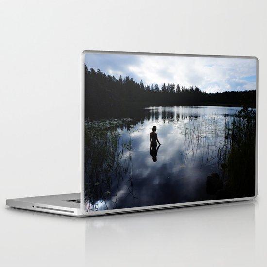 Reflecting Beauty Laptop & iPad Skin