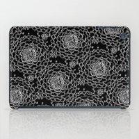 A Crowd of Mums (black   white) iPad Case