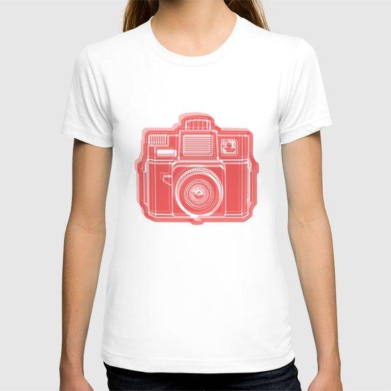 I Still Shoot Film Holga Logo - Red T-shirt