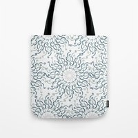 Stylized Flower - Circle… Tote Bag