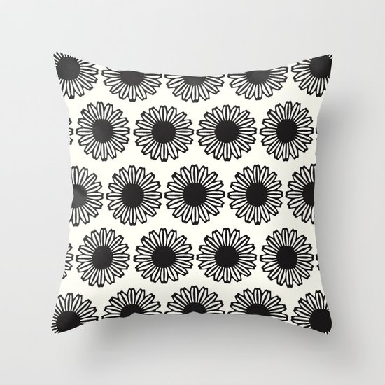Vintage Flower_Black Throw Pillow