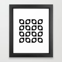 Curved circle pattern Framed Art Print