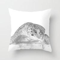 A Green Sea Turtle :: Gr… Throw Pillow