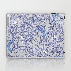 Squids of the inky ocean Laptop & iPad Skin