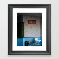 Waiting On The Lunch Cro… Framed Art Print
