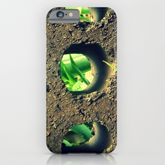Peering Through iPhone & iPod Case