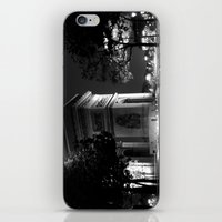 Triumph - Paris iPhone & iPod Skin
