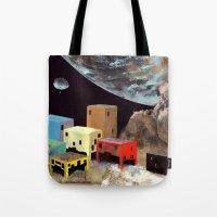Uzakta Yaşam Tote Bag