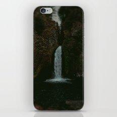 Wahclella Falls x Oregon Waterfall iPhone & iPod Skin