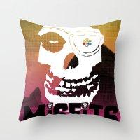 Misfits always say die... Throw Pillow