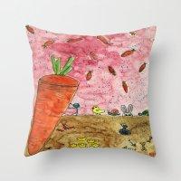 Everyone Love Carrot Throw Pillow