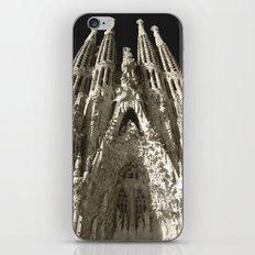 La Sagrada Familia iPhone & iPod Skin