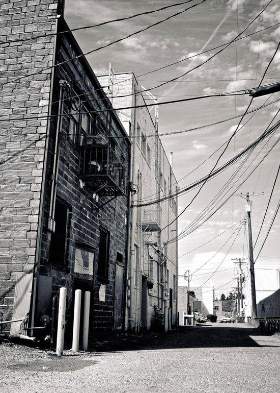 Grit city alley Art Print