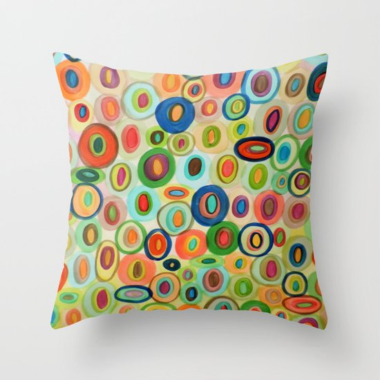les curieux Throw Pillow