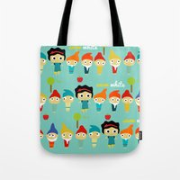 Snow White And The 7 Dwa… Tote Bag