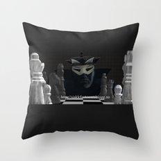 Sjakkfantomet Throw Pillow