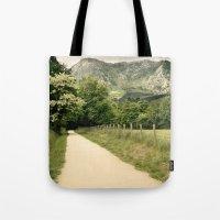 Anboto Tote Bag