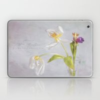 tulips in their prime of life Laptop & iPad Skin