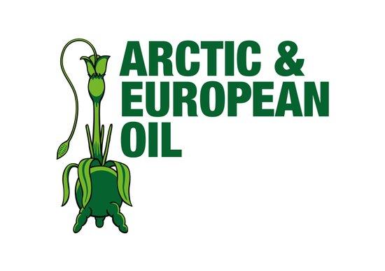 Arctic & European Oil Art Print