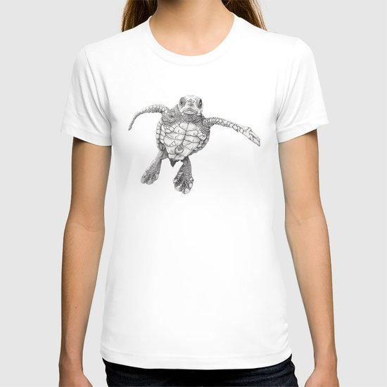 Chelonioidea (the turtle) T-shirt