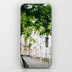 La Petite Rue iPhone & iPod Skin