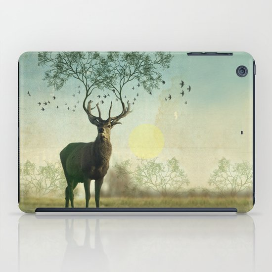 Evergreen Stage Horn iPad Case