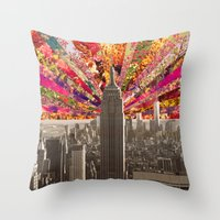 BLOOMING NY Throw Pillow