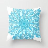 Blue flow er Throw Pillow