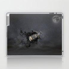 Overload the moon! Laptop & iPad Skin