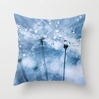 Blowball Bokeh Boogie...… Throw Pillow