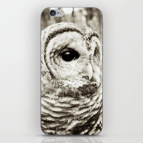Wise Old Owl iPhone & iPod Skin