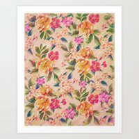 Golden Flitch (Digital Vintage Retro / Glitched Pastel Flowers - Floral design pattern) Art Print