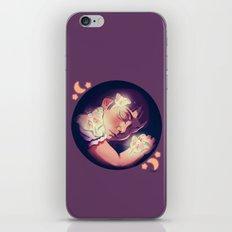 Le Luna iPhone & iPod Skin