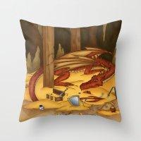Smaug, the last dragon Throw Pillow