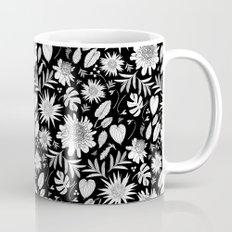 TROPICAL FLORAL BLACK & … Mug